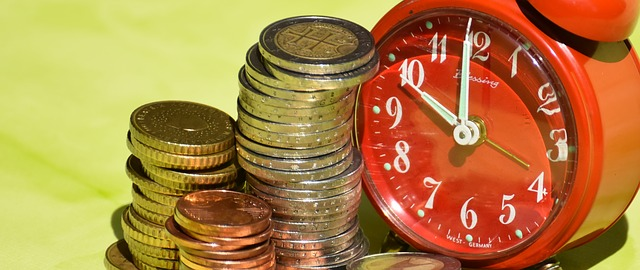 time-is-money-1601980_640