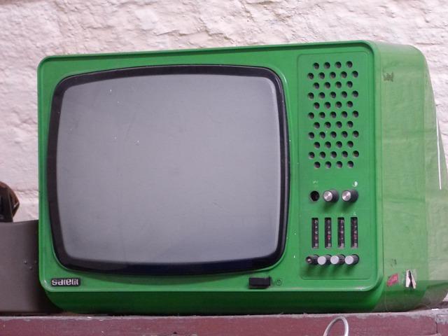 tv-1639240_640
